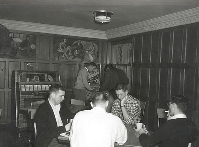 Lennox interior 1950s before being converted to fraternity house